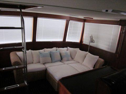 1984 uniflite 46 motor yacht  8 1984 Uniflite 46 Motor Yacht