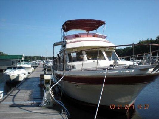 1984 vista aft cabin motor yacht  1 1984 Vista Aft Cabin Motor Yacht