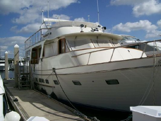 1985 angel motor yacht defever like boats yachts for sale for Angel boats and motors