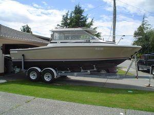 Bayliner Trophy 2460 1985 Bayliner Boats for Sale