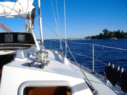 Beneteau 305 First (JFR) 1985 Beneteau Boats for Sale Sailboats for Sale