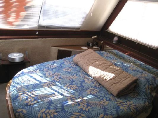 Bluewater Yachts Coastal Cruiser 1985 Bluewater Boats for Sale