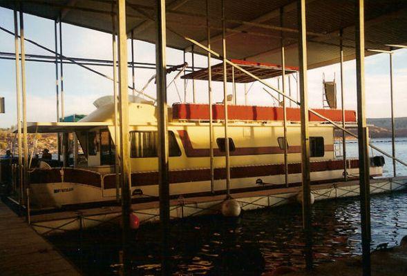 Boats for Sale & Yachts Boatel Flybridge Pontoon Houseboat 1985 Flybridge Boats for Sale Houseboats for Sale Pontoon Boats for Sale