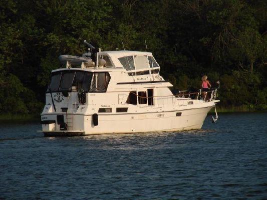 CHB 40 Oceania Sundeck Trawler (Like Present) 1985 Trawler Boats for Sale