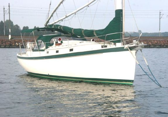 Hinterhoeller Nonsuch 30 Classic 1985 All Boats