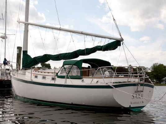 Hinterhoeller Nonsuch Ultra 1985 All Boats