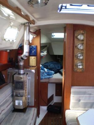1985 hunter sloop  6 1985 Hunter Sloop