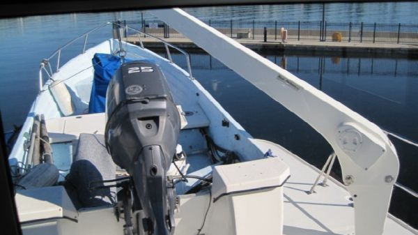 Marine Trader/ LaBelle Custom Skybridge Flushdeck 1985 All Boats