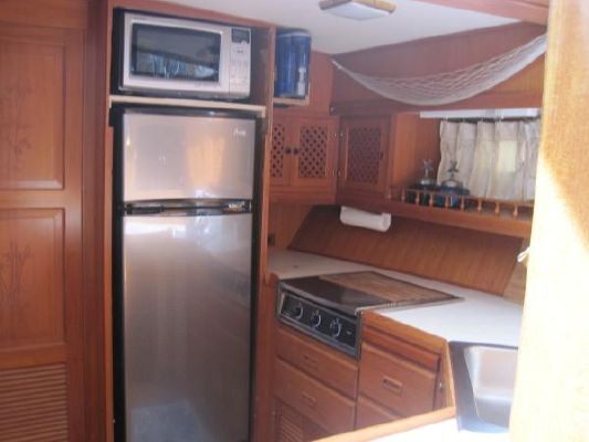Nova 42 Sundeck 1985 All Boats