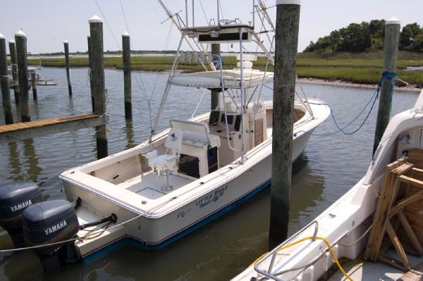 Rybo Runner 30 Center Console 1985 All Boats