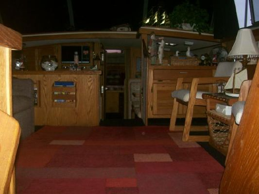Silverton AFT CABIN 1985 Aft Cabin All Boats