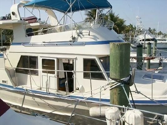 Tradewinds Sundeck 1985 All Boats