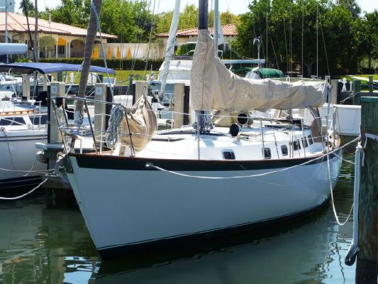 Vagabond Westwind Cutter 1985 Sailboats for Sale