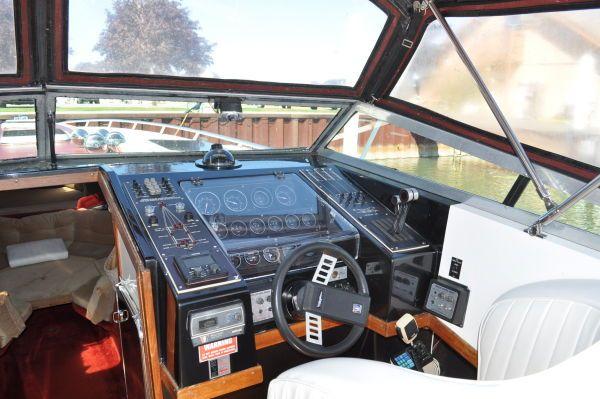 1985 wellcraft 42 excalibur  6 1985 Wellcraft 42 Excalibur