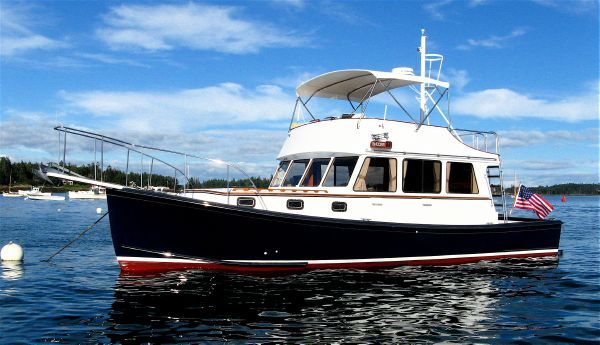 Young Brothers FLYBRIDGE CRUISER 1985 Fishing Boats for Sale Flybridge Boats for Sale