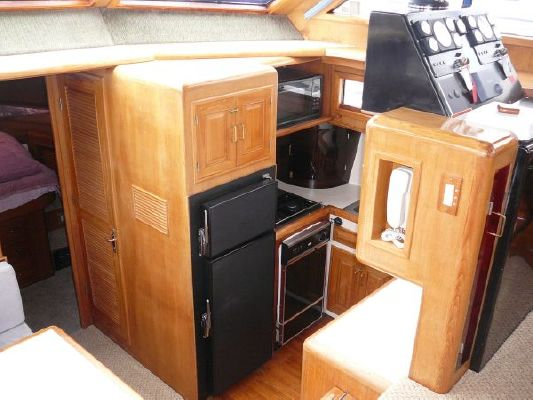 1986 angel motoryacht  10 1986 Angel Motoryacht