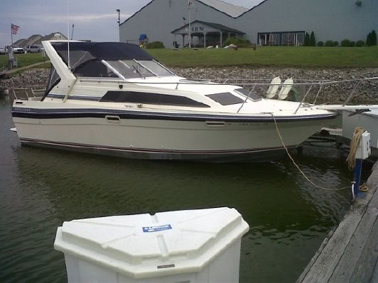 1986 bayliner 2850 designer edition  1 1986 Bayliner 2850 designer edition