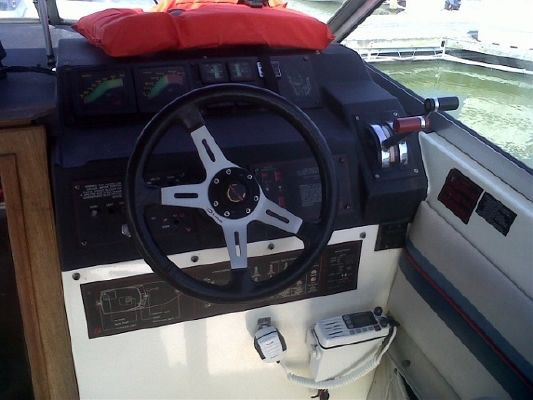 1986 bayliner 2850 designer edition  10 1986 Bayliner 2850 designer edition