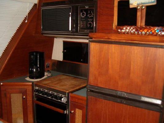1986 bayliner 4550 pilothouse  10 1986 Bayliner 4550 Pilothouse