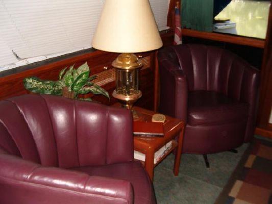 1986 bayliner 4550 pilothouse  13 1986 Bayliner 4550 Pilothouse