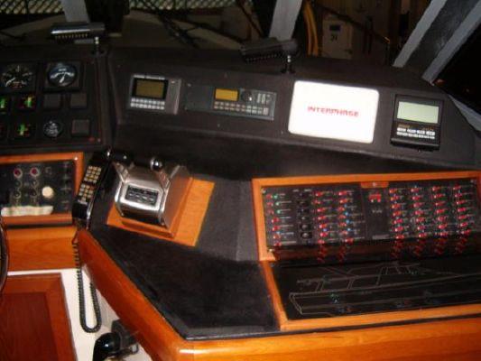 1986 bayliner 4550 pilothouse  16 1986 Bayliner 4550 Pilothouse