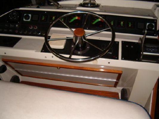 1986 bayliner 4550 pilothouse  22 1986 Bayliner 4550 Pilothouse