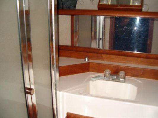 1986 bayliner 4550 pilothouse  9 1986 Bayliner 4550 Pilothouse