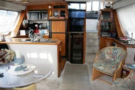 1986 bayliner 4550 pilothouse free slip for 6 motnhs  5 1986 . Bayliner .4550 Pilothouse FREE SLIP FOR 6 MOTNHS