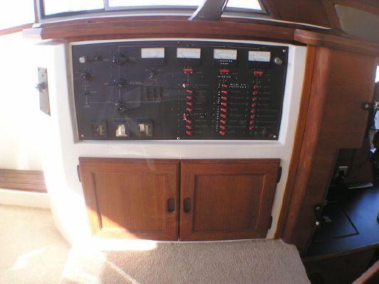 1986 bayliner 4588 motoryacht  16 1986 Bayliner 4588 Motoryacht