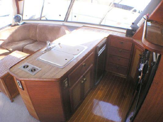 1986 bayliner 4588 motoryacht  6 1986 Bayliner 4588 Motoryacht