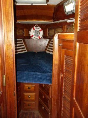 Endeavour Center Cockpit 1986 All Boats