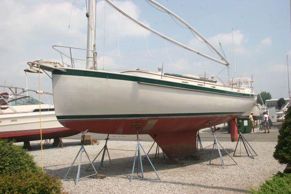 Hinterhoeller Nonsuch Ultra 1986 All Boats