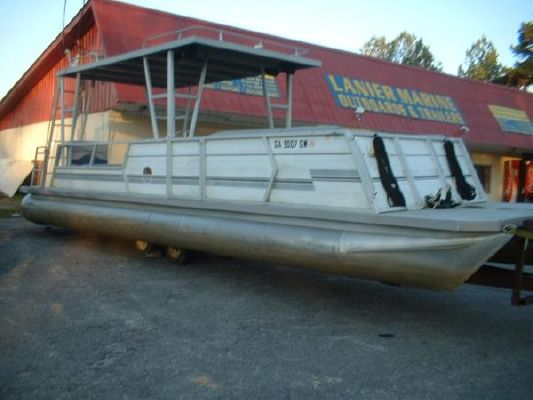 Lakes Craft 28 Hard Top Pontoon 1986 Boats For Sale Yachts