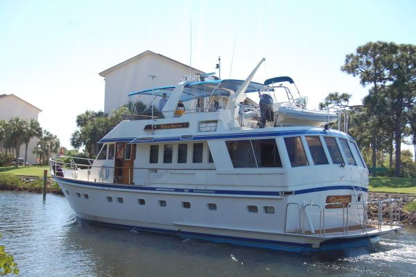 Lowland Long Range Cruiser fabulous condition and bargain priced 1986 All Boats