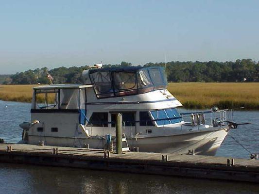 Marine Trader sundeck trawler 1986 Trawler Boats for Sale