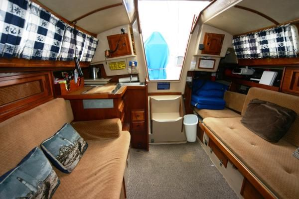1986 newport 28 mk ii  3 1986 Newport 28 MK II