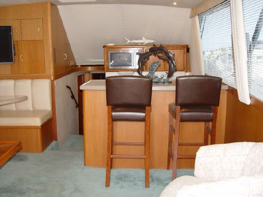 Ocean Super Sport with 3 Staterooms 1986 All Boats