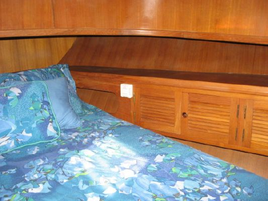 Ponderosa Europa 38 1986 All Boats