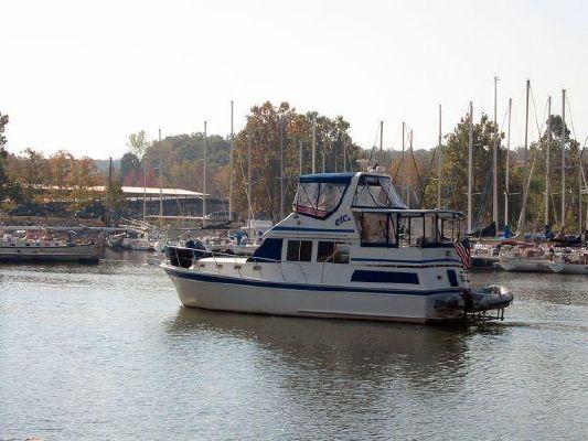 Present 38 Sundeck Trawler / Present Sundeck / Present Motor Yacht / Present Motoryacht 1986 Trawler Boats for Sale
