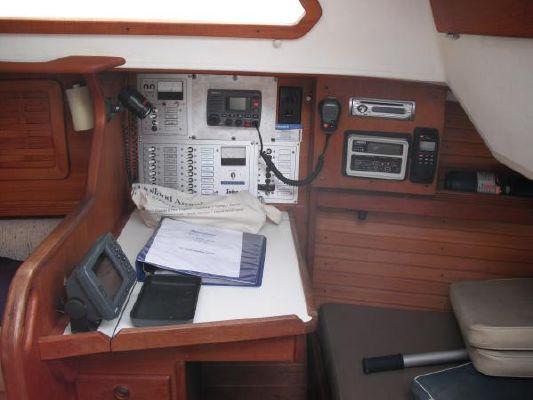 1986 sabre sloop  19 1986 Sabre Sloop