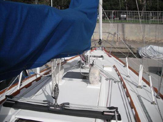 1986 sabre sloop  3 1986 Sabre Sloop