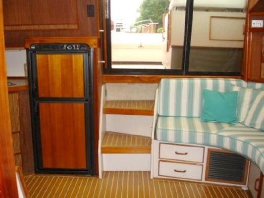 1986 sea ray express  12 1986 Sea Ray Express
