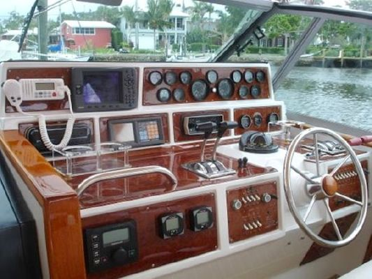 1986 sea ray express  13 1986 Sea Ray Express
