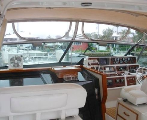 1986 sea ray express  14 1986 Sea Ray Express