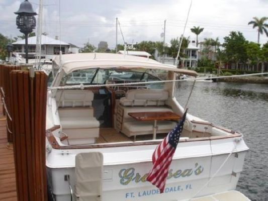 1986 sea ray express  5 1986 Sea Ray Express