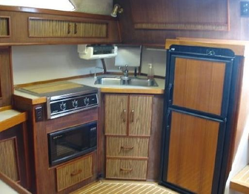 1986 sea ray express  9 1986 Sea Ray Express