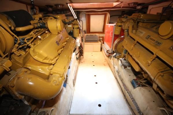 1986 spindrift motoryacht  17 1986 Spindrift motoryacht