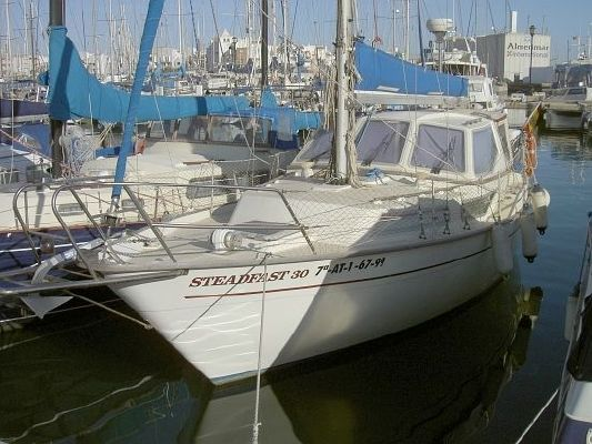Steadfast 30 1986 All Boats