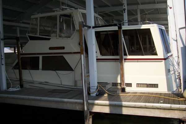 Viking Motor Yacht 1986 Viking Boats for Sale