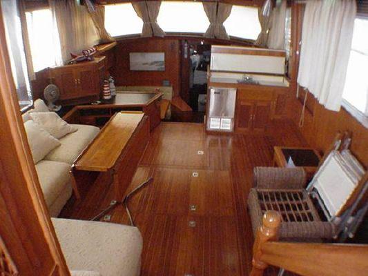 1986 vista motor yacht  2 1986 Vista Motor Yacht